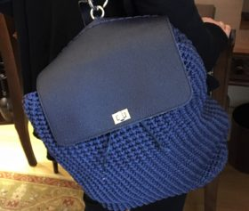 backpack_crocheted2