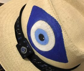 blue_eye_hat